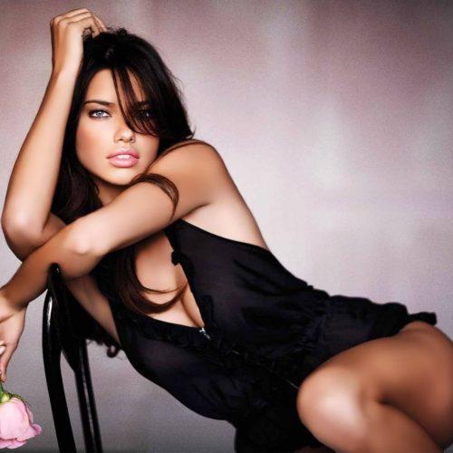 982832_wallpapers-woman-motorcycle-black-celebrity-sexy-bikini-1920x1080_1920x1080_h.jpg